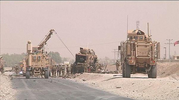 Selbstmordattentat auf gepanzerten Nato-Konvoi
