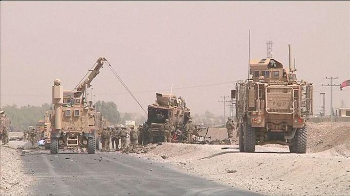 Талибы напали на колонну НАТО