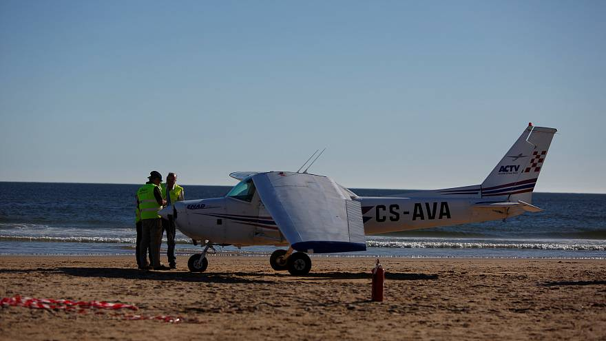 Two die after aircraft makes emergency landing on Portuguese beach