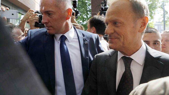 Polonia: Tusk ascoltato dalla procura sul caso Smolensk