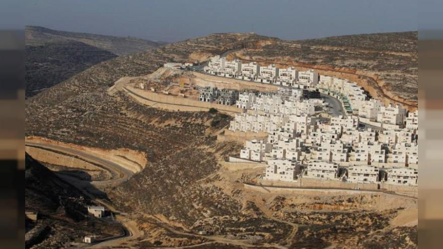 Netanyahu rewards evicted Jewish settlers with new West Bank home