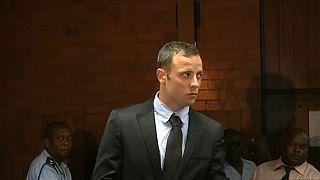 Pistorius levado para o hospital com dores no peito