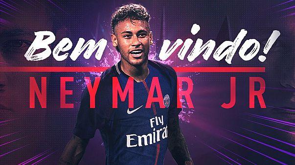 Neymar ya es parisino