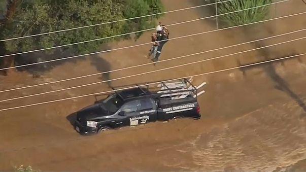 Flash flood traps Californian drivers
