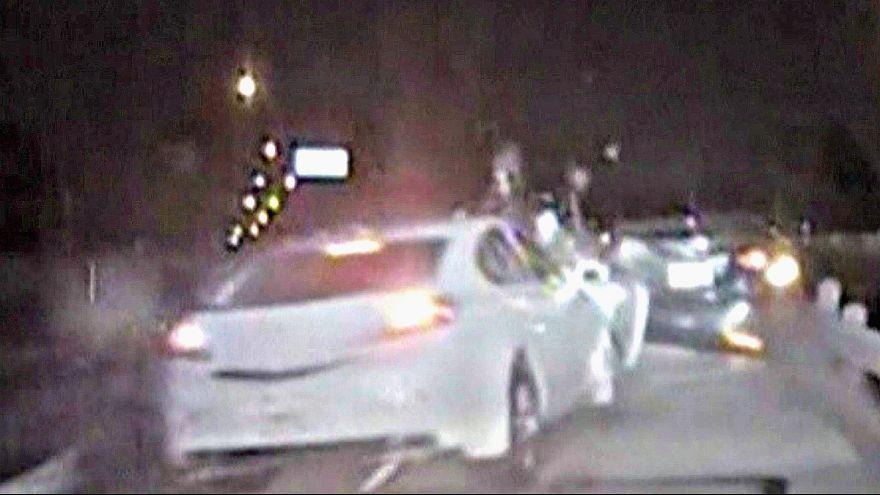 شرطي ينجو بأعجوبة من دهس سيارة رجل مخمور في تكساس