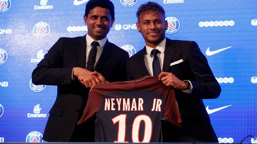 """""""I wanted a bigger challenge,"""" says Neymar after €222m move to PSG"""
