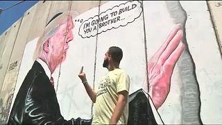Trump-Karikatur im Westjordanland: ein Herz für Mauern