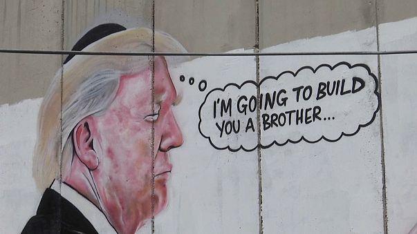 Cisjordanie : un portrait géant de Trump sur le mur de séparation