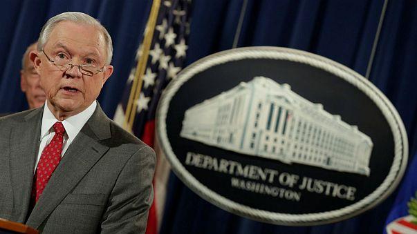 """Contra-ataque aos """"leaks"""" em Washington"""