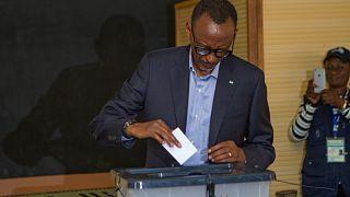 رئيس رواندا يفوز بفترة ثالثة بأغلبية ساحقة