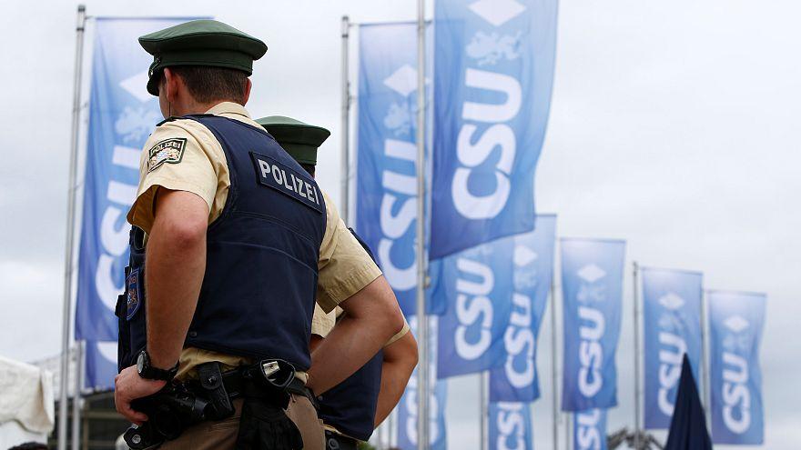 سلام هیتلری باعث بازداشت دو گردشگر در آلمان شد