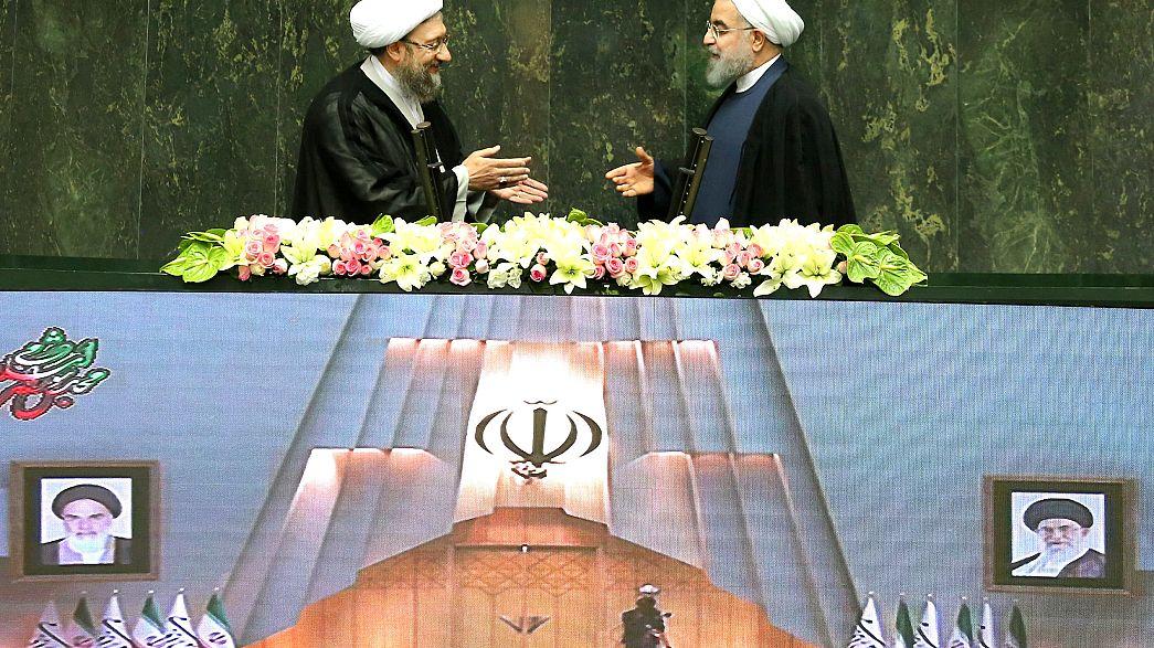 Iran: Rohani giura e attacca USA sul nucleare