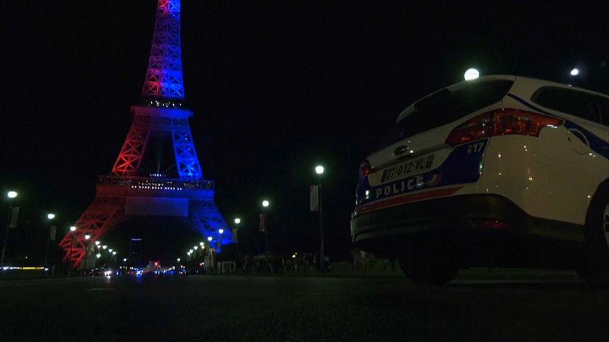 """Tour Eiffel : l'homme arrêté voulait """"commettre un attentat"""""""