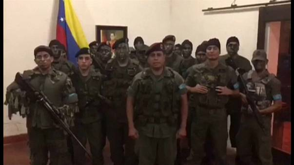 Rebelião no exército venezuelano provoca pelo menos um morto