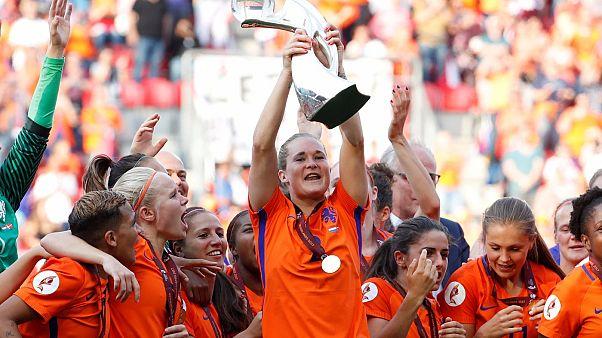 Avrupa Kadınlar Futbol Şampiyonası: Hollanda ilk kez zirvede