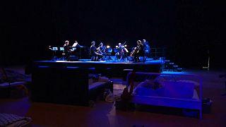 کنسرت خواب، کنسرتی که صندلیهایش تخت خواب است