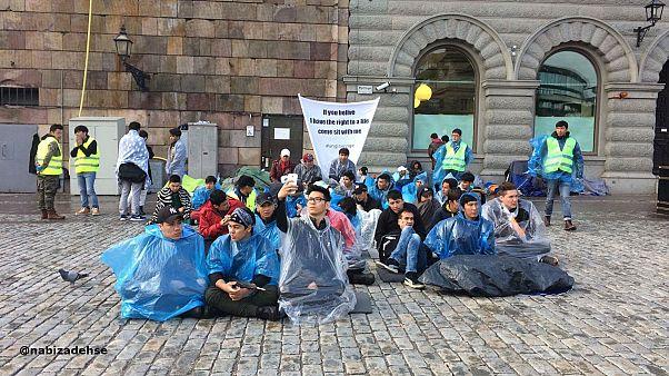 تحصن پناهجویان افغان در مقابل پارلمان سوئد