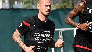 Wesley Sneijder chez les Aiglons