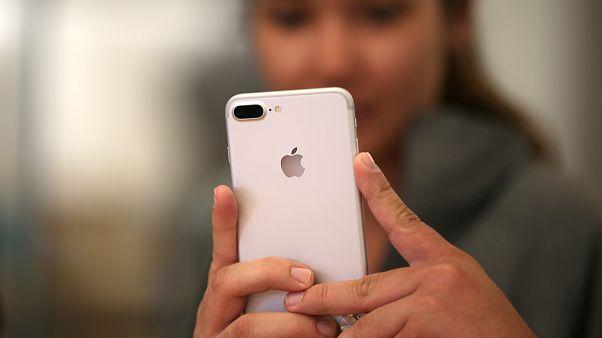 Brilliant or just bullying? New app Sarahah enjoys popularity surge