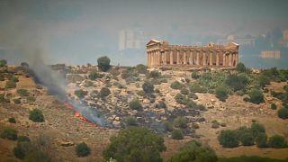 Fire threatens UNESCO site in Sicily