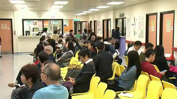 Grip salgını Hong Kong'da 320 can aldı