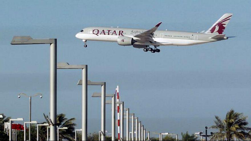 """قطر """"تنجح"""" في تفعيل مسارات جوية جديدة لمواجهة الحصار"""