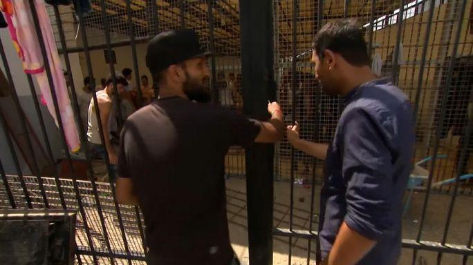 Libya: Avrupa'ya gitmek hayali kuran kaçak göçmenler hapishanelerde