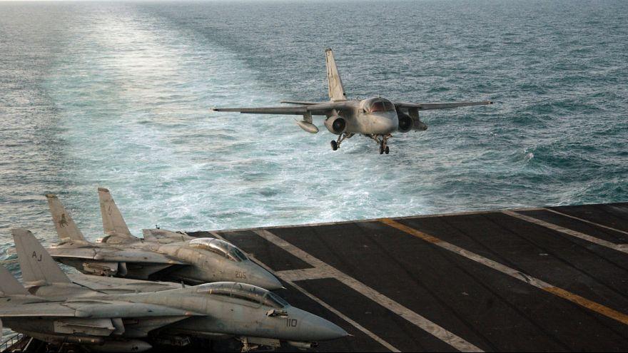 پرواز پهپاد ایرانی در ۳۰ متری جنگنده آمریکایی بر فراز خلیج فارس
