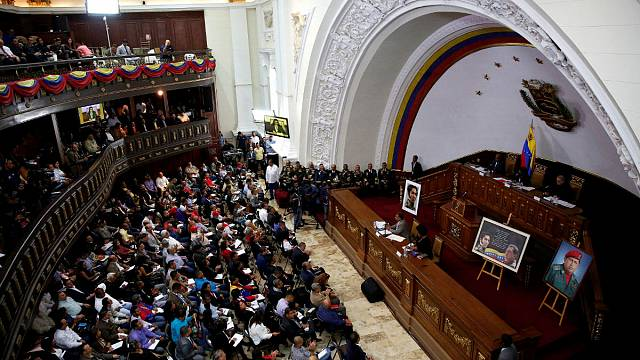 17 دولة: فنزويلا تعيش في ظل نظام دكتاتوري
