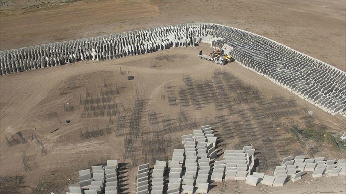 TOKİ, Türkiye-İran sınırındaki güvenlik duvarı inşaatına başladı