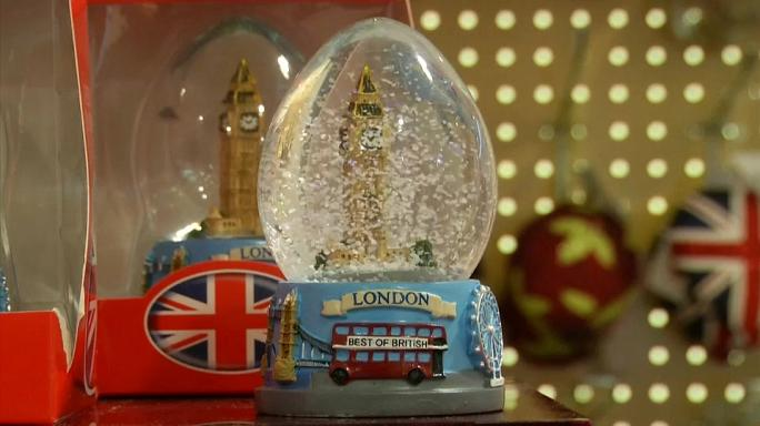 A Londra si gioca d'anticipo, è già Natale!