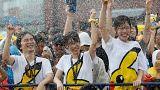 """آلاف المجسمات لبيكاتشو لإرضاء شهية عشاق لعبة """"بوكيمون غو"""" باليابان"""