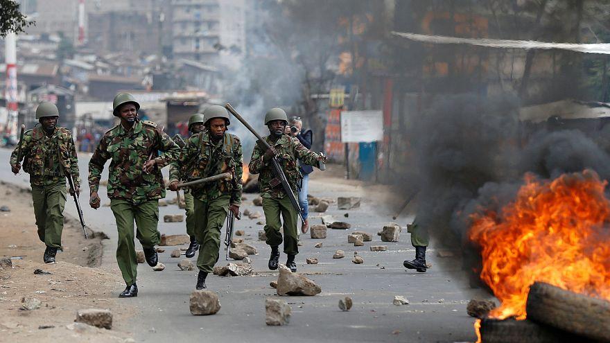 Kenya'da sokaklar karıştı