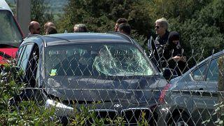Paris'te askerlere saldıran kişi otobanda yakalandı