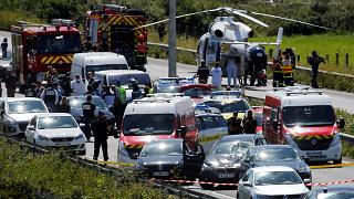 Нападение под Парижем: обыски