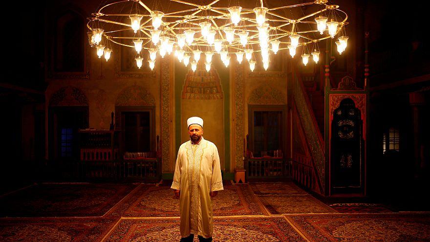 العاصمة ساراييفو تحتضن المؤتمر الثامن لحوار الأديان بين المسلمين و اليهود