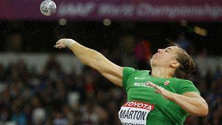 Márton Anita világbajnoki ezüstérmes súlylökésben