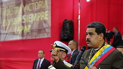 """""""Tu ne seras pas seul"""", assure Raul Castro à son allié Maduro"""
