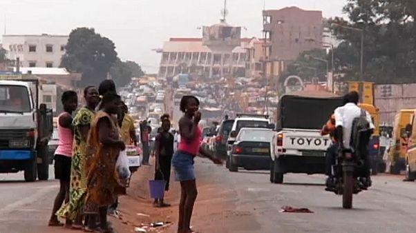 النفي إلى جزر نائية عقوبة المتسولين في غينيا بيساو