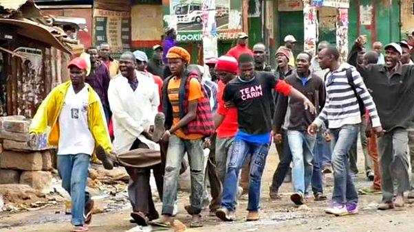 Сторонники кенийской оппозиции не сдают трущобы