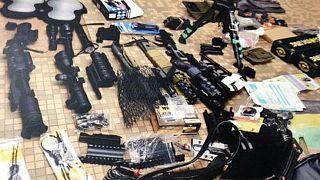 """Cameroun : des """"indépendantistes"""" anglophones arrêtés avec un impressionnant arsenal militaire"""