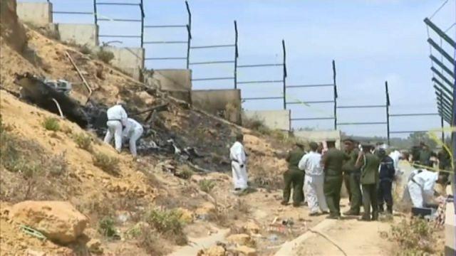 شاهد:حطام المروحية التي سقطت في ضاحية العاصمة الجزائرية