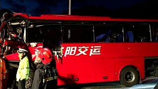 36 halott egy kínai buszbalesetben