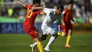 İran, İsrail'e karşı oynadığı için iki futbolcuyu milli takımdan men etti