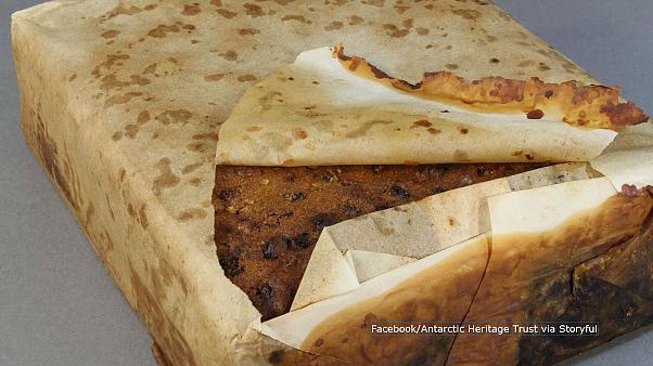 """Antartide: torta alla frutta """"perfettamente conservata"""" per 106 anni"""