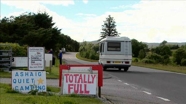 Turistas invadem pequena ilha escocesa
