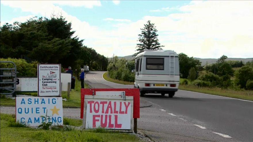 El turismo masivo llega hasta la isla de Skye