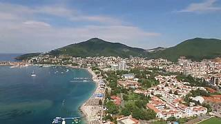 Россияне не отказались от Черногории