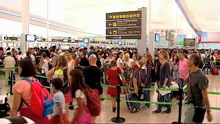 Барселона: работа аэропорта парализована