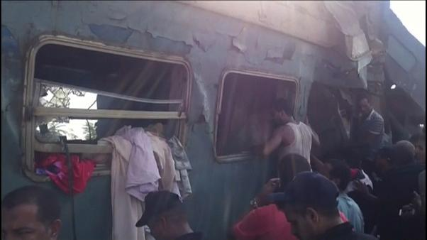 مقتل أكثر من أربعين مصريا وإصابة نحو مئة آخرين في تصادم قطارين بالاسكندرية